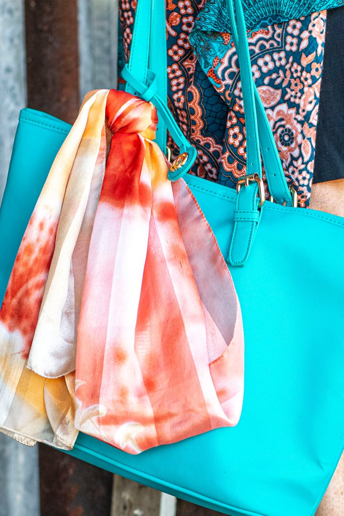Scarf on the purse