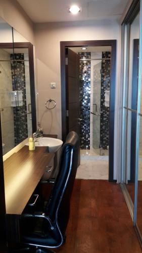 Perwata tower pluit selatan raya dating