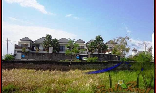 JUAL MURAH TANAH di CANGGU BALI 8,31 Are lingkungan villa