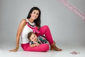 Fotos de estudio realizadas para la campaña Mamás con hijos, I LOVE MAMI