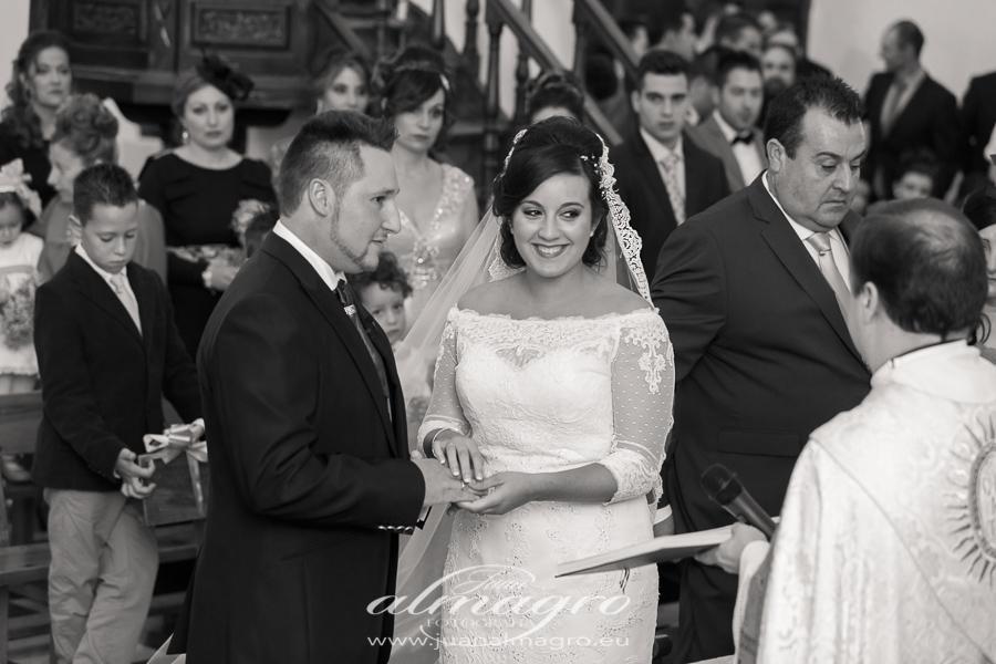 Fotos ceremonia religiosa por Juan Almagro Fotografos de bodas en Jaén