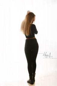Noelia_sesion-fotos-estudio-elegantes-juan-almagro-fotografos-13