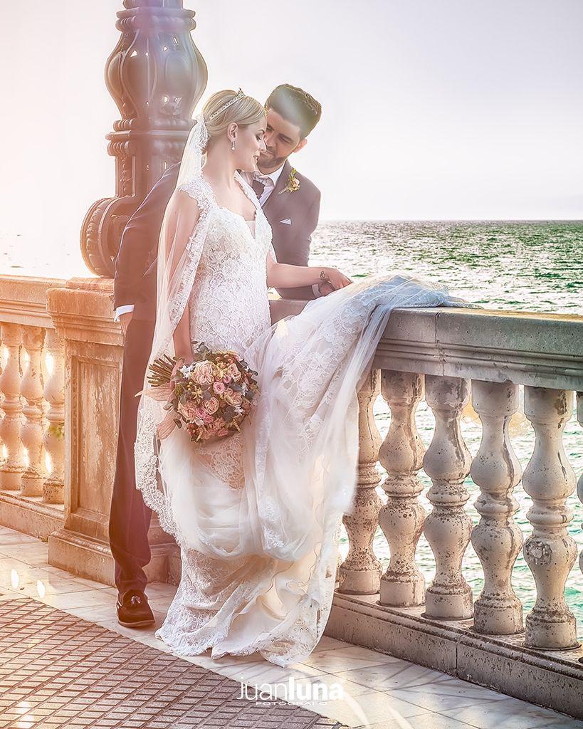 Momentos de intimidad de los novios. Pandemic Wedding - El Reportaje de Bodas de Mercedes & Juan