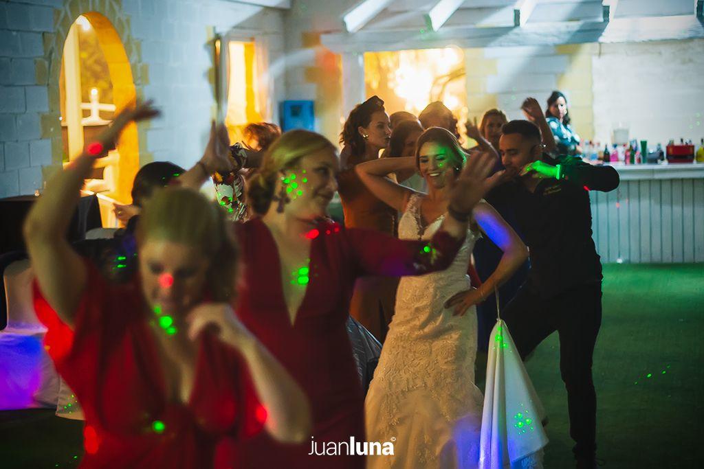 Fotógrafos de Boda en Cádiz. Fotógrafo de Boda en Cádiz, Comunión y Eventos. Tu fotografía de boda. El mejor Fotógrafo para boda. Juan Luna Fotógrafo. Cadiz, Andalucía y España. Fotografo de Bodas en Cádiz. Fotógrafos de Bodas en Cádiz. Vídeo de Bodas. Videógrafo de Bodas.