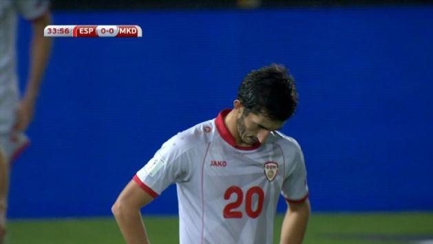 Velkoski, entre abatido y desolado a pesar del buen cabezazo.