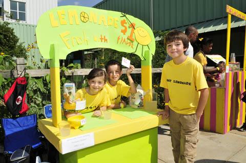 raising a bilingual kid teaching children the value of a dollar