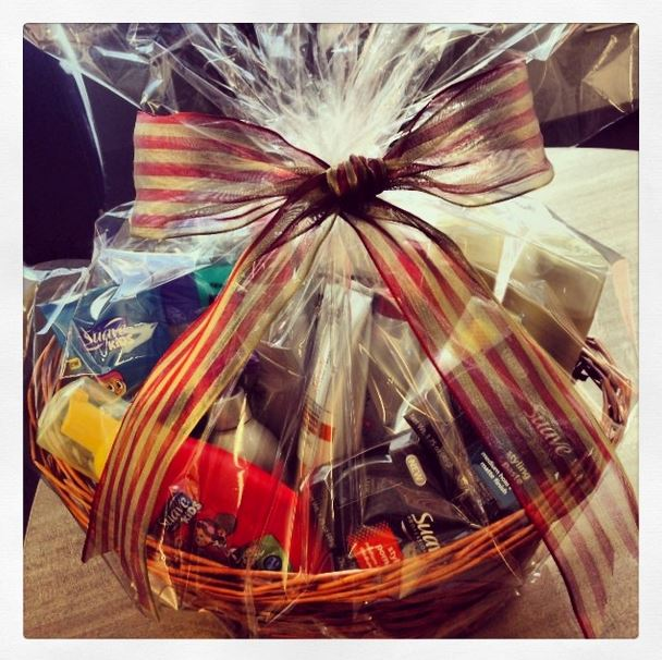 12 Days of Christmas: Day 7 - Swag Bags from Suave!