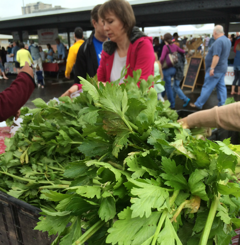 Healthier eating one Farmer's market at a time