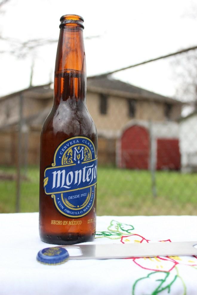 Auténticamente Mexicana: Cerveza Montejo, now in the U.S.A.