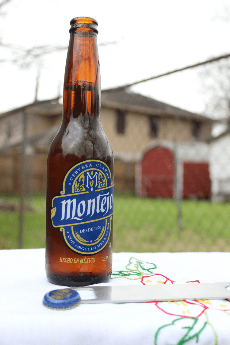 Auténticamente Mexicana: Cerveza Montejo, now in the U.S.A.