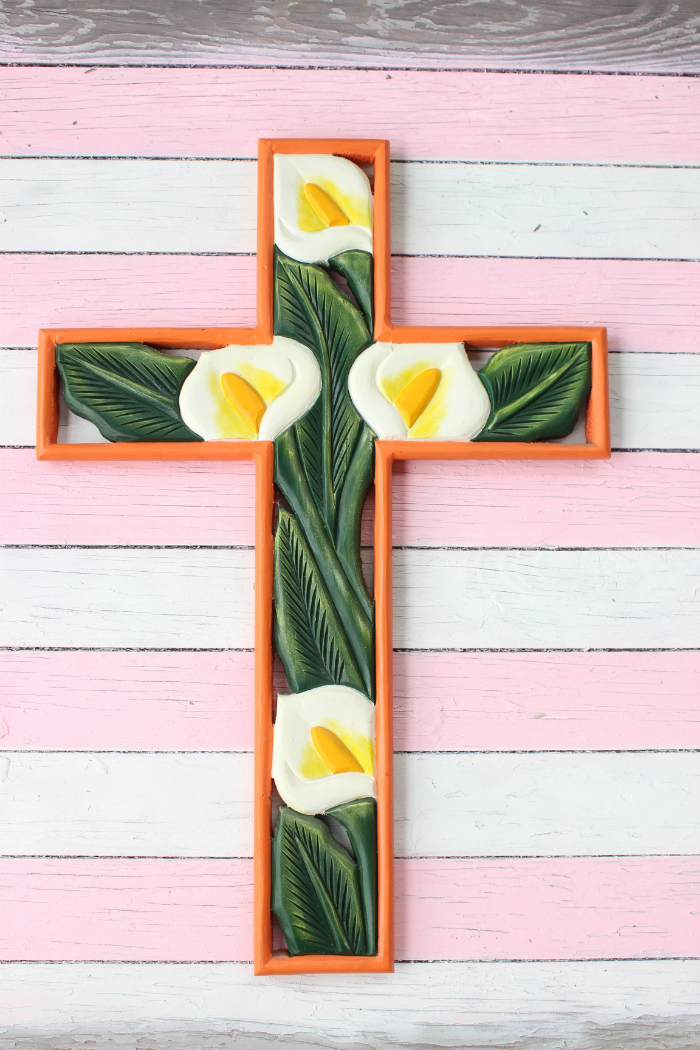 Las cruces de madera (crosses)