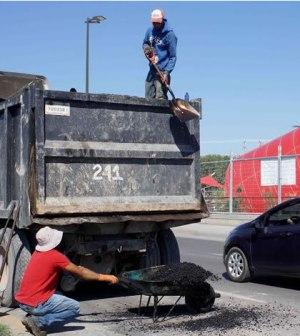 Avanzan Obras de Bacheo en la Localidad