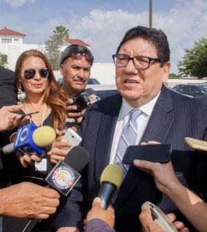 Políticas de Donald Trump Afectan Relaciones Internacionales Javier González Mocken