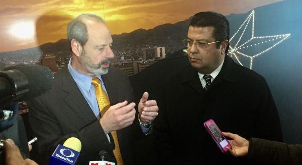 Oscar Leeser y Armando Cabada