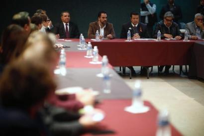 Panel reunión con ONGs