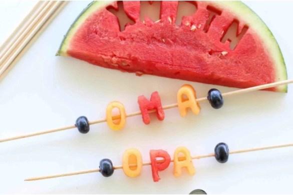 DIY Melonen-Buchstaben als Tischkarten für die Sommerparty