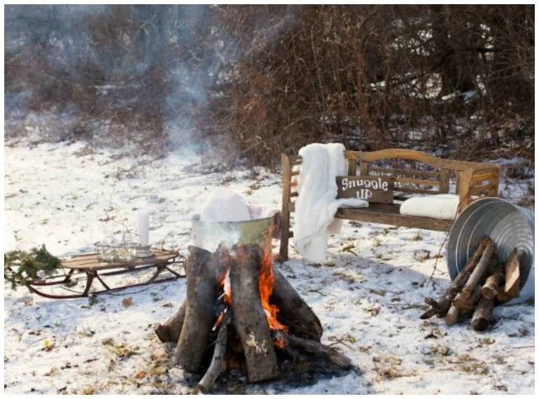 winterparty7_lagerfeuer-im-schnee_www-jubeltage-at