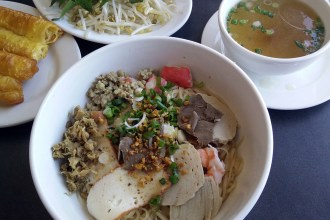 Pho Côte-Vertu Serving Cambodian Dishes