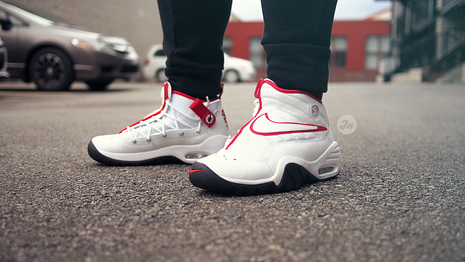 nike air shake ndestrukt on feet