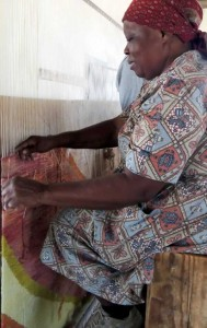 Lindy, Mapusha Weavers Cooperative at the loom, South Africa