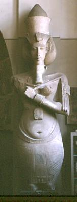 Kolossalstatue Echnatons im Ägyptischen Museum Kairo