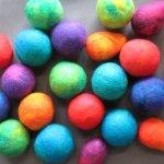 felted+balls1