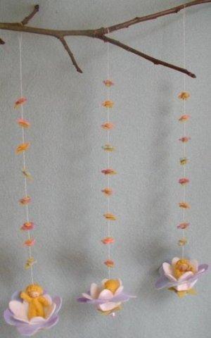 Pippilotta-drie-bloemenschommeltjes