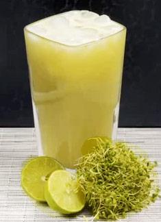 Agua De Alfalfa