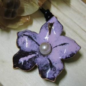 大珍珠粉色花項鍊