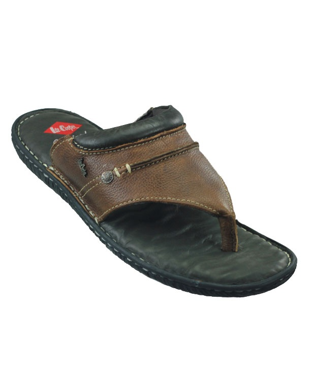 Leather Flip-flops by Lee Cooper