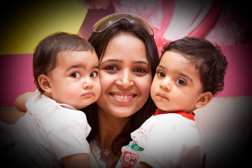 Shilpa with her twins