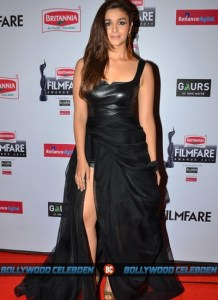 alia-dress-filmfare-awards-2015