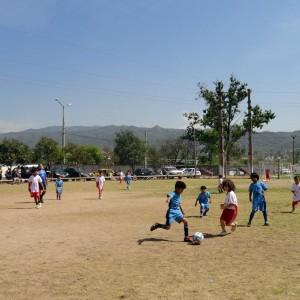 torneo de fútbol partido de cuartos de final
