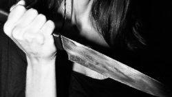 cropped-mujer-cuchillo-1.jpg