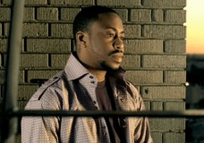 Raheem Devaughn Reveals How R. Kelly Jacked his Song (via Bobby Pen)