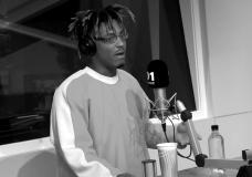 Juice WRLD – 'Fire In The Booth' Freestyle (Video)