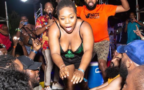 Trinidad Carnival 2020 Fete Review – Pon De Grass