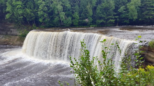 Tahquamenon Falls Michigan scaled