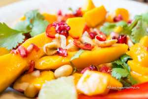 Recipe for Thai Mango Salad with Peanuts and Chili