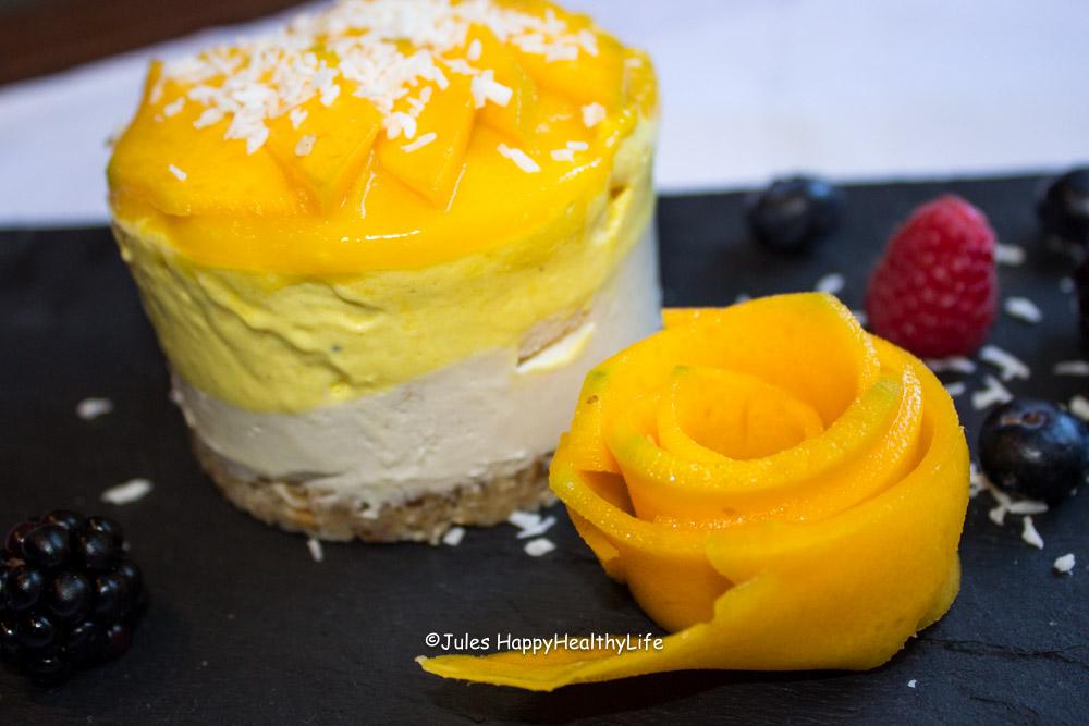 Tropischer veganer Cheesecake - Jules HappyHealthyLife