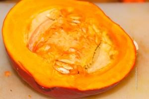 Kürbis für Kurkuma Hühnchen Curry - Jules HappyHealthyLife Food Blog