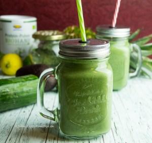 Rezept für glutenfreien, veganen Grüner Detox Protein Smoothie
