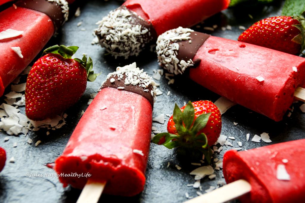 Glutenfreies, veganes Rezept für Erdbeereis am Stiel mit Minze