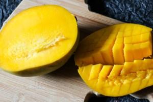 Mangos for Mango Green Apple Tartare