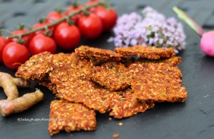 Raw Mum's Turmeric Cracker with anti-inflammatory herbs