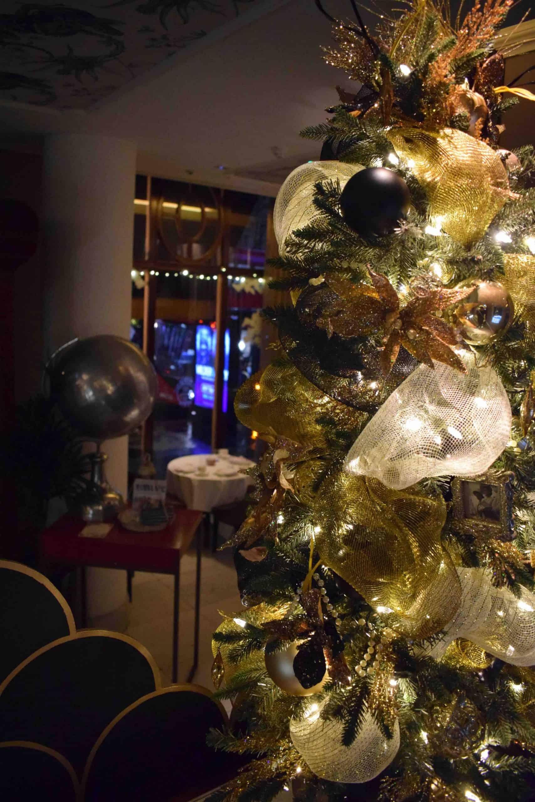 The Waldorf Hilton Christmas Decorations Luxury Christmas Decorations