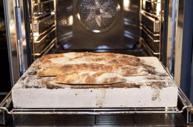 Baguette im Ofen