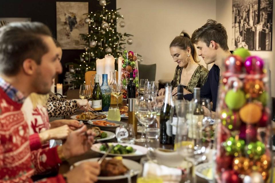 Julian Kutos: Christmas Dinner