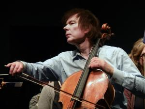 Julian Lloyd Webber (credit Stephen Chowns)