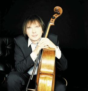 Julian Lloyd Webber (photo by Simon Fowler)